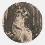Mujer joven francesa de las mujeres retras del pegatinas redondas