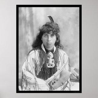 Mujer maorí de Rotorua Nueva Zelanda 1895 Poster