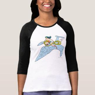 Mujer Maravilla en la nave espacial Camiseta