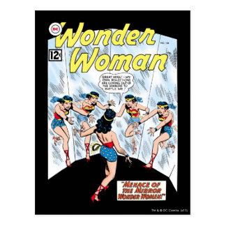 Mujer Maravilla Mennace del espejo Tarjeta Postal