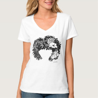 Mujer natural - camiseta florecida del pelo del polera