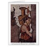 Mujer que lleva una jarra del fragmento tarjetas