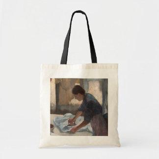 Mujer que plancha, c.1876-87 (aceite en lona) bolsas