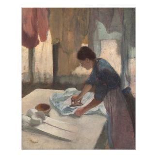 Mujer que plancha por Edgar Degas