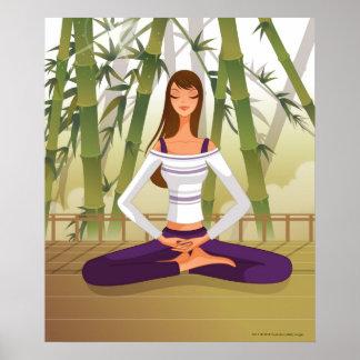 Mujer que se sienta en la posición de loto, medita impresiones