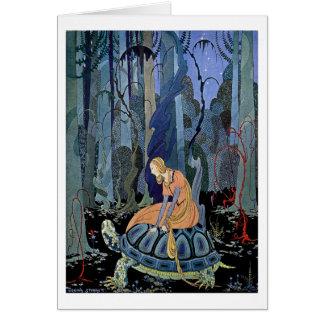 Mujer que se sienta en una tortuga tarjeta de felicitación