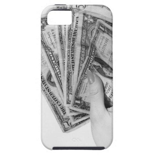 Mujer que sostiene el dinero iPhone 5 Case-Mate cárcasas