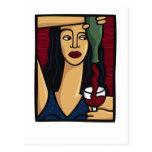 Mujer que vierte el vino rojo tarjetas postales