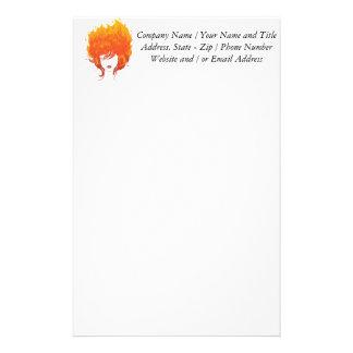 Mujer Redheaded, pelo del fuego rojo Papeleria De Diseño