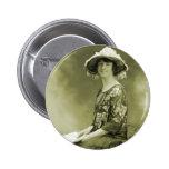Mujer retra de la foto de la sepia de las mujeres  pins
