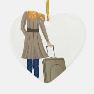 Mujer rubia con la maleta adorno navideño de cerámica en forma de corazón