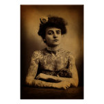 Mujer tatuada posters