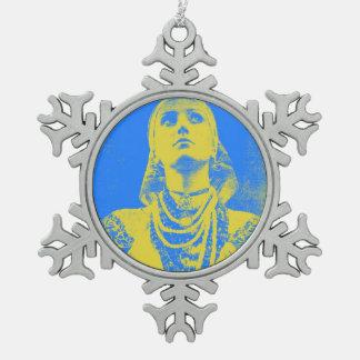 Mujer ucraniana de la bandera del vintage adorno de peltre en forma de copo de nieve