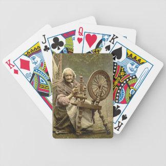 Mujer y rueda de hilado irlandesas 1890 baraja de cartas