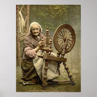 Mujer y rueda de hilado irlandesas 1890 poster
