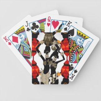 Mujeres africanas con los floreros barajas de cartas