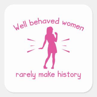 Mujeres bien comportadas pegatina cuadrada
