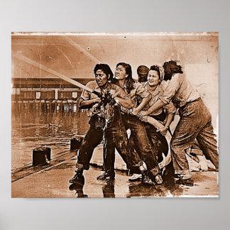 Mujeres bomberos Pearl Harbor 7 de diciembre Póster