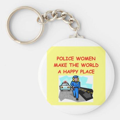 mujeres de la policía llavero