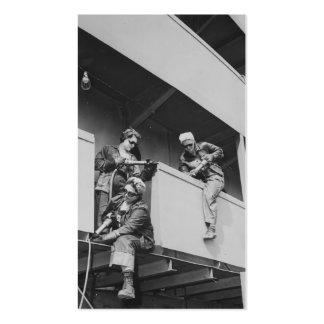 Mujeres de la Segunda Guerra Mundial que saltan la