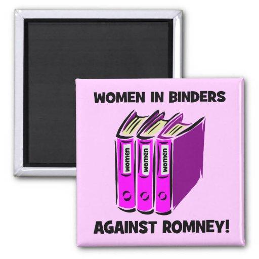 mujeres en carpetas contra Romney Imanes Para Frigoríficos