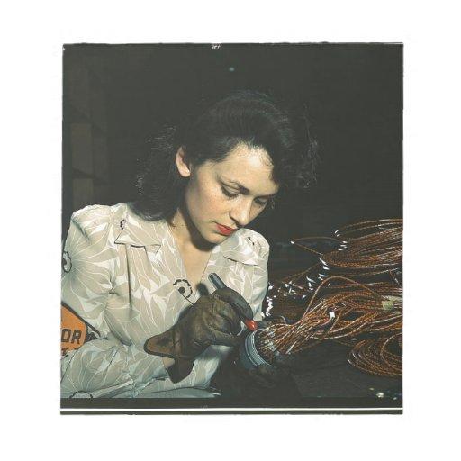 Mujeres en el lugar de trabajo durante WWII Blocs