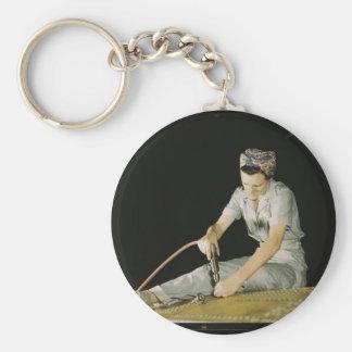 Mujeres en el lugar de trabajo durante WWII Llavero Redondo Tipo Pin