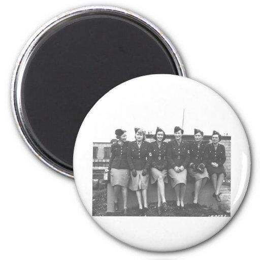 mujeres en fotografía uniforme del mundo war11 imán redondo 5 cm