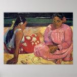 Mujeres en la playa - impresión de Tahitian de Pau Poster