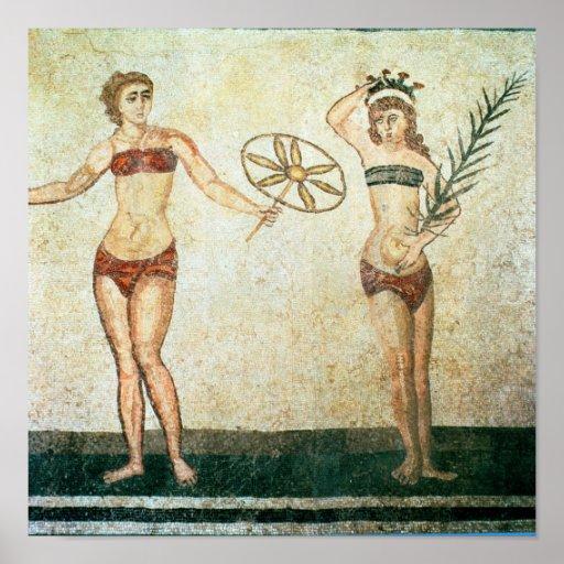 Mujeres en los 'bikinis posters