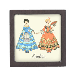 Mujeres en los trajes azules y rojos que llevan a caja de regalo de calidad