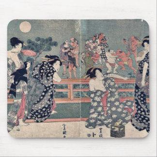 Mujeres que miran un sumō hacer juego por Utagawa, Tapete De Ratón