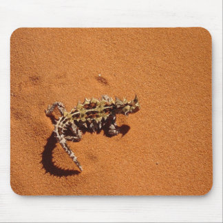 Mulches Horrid Walking The Hot Sand Mouse Pad