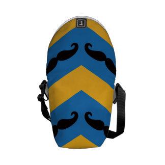 Multi Color musta Mini Messenger Bag Outside Print
