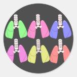 Multi de los pulmones coloreada--Diseño del Pegatina Redonda