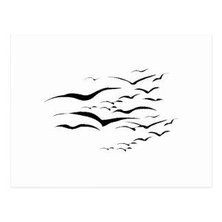 Multitud de la silueta de los pájaros tarjeta postal