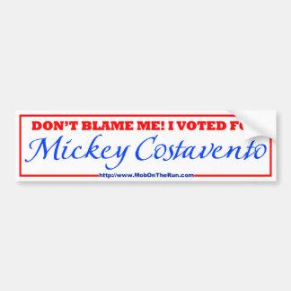 Multitud en el funcionamiento - voté por Mickey Pegatina De Parachoque