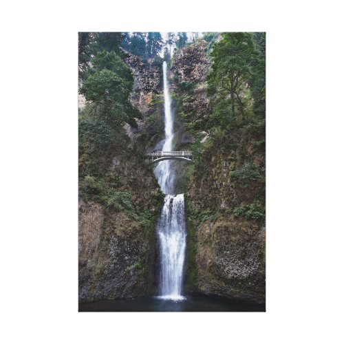 Multnomah Falls, Oregon Canvas Print