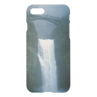 Multnomah Falls Waterfall Through the Mist iPhone 7 Case