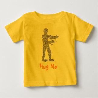 Mummy, Hug Me T-Shirt. Customize Me! Baby T-Shirt