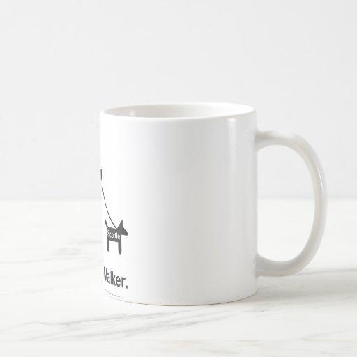 Mún caminante del perro tazas de café