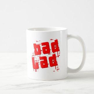 Mún chaval taza de café