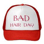 Mún gorra rojo del día del pelo