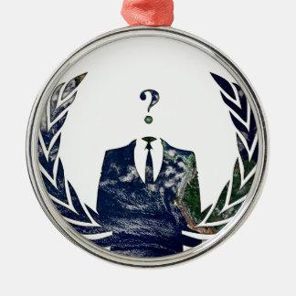 Mundial anónimo adorno redondo plateado