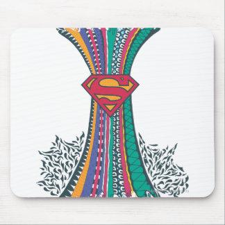 Mundo al azar 4 de Supergirl Alfombrilla De Ratones