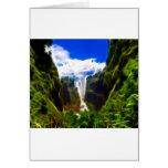 Mundo de cascadas tarjeton