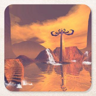 Mundo de fantasía con la cascada posavasos personalizable cuadrado