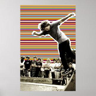 Mundo de fantasía de las rayas de los patinadores posters