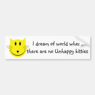 Mundo de gatitos felices etiqueta de parachoque