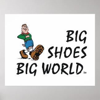 Mundo grande de los zapatos grandes SUPERIORES Póster